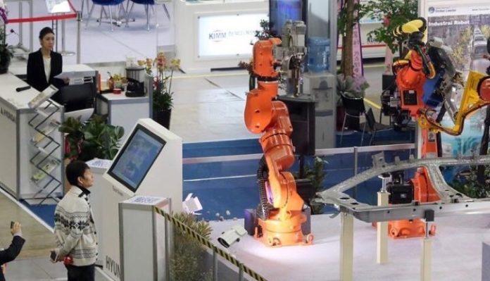 2025 μισές δουλειές από μηχανές