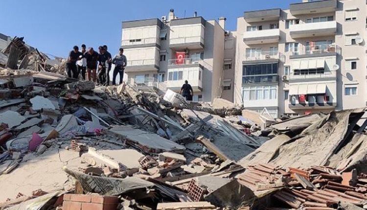 τσουνάμι Τουρκία εγκλωβισμένοι σεισμός