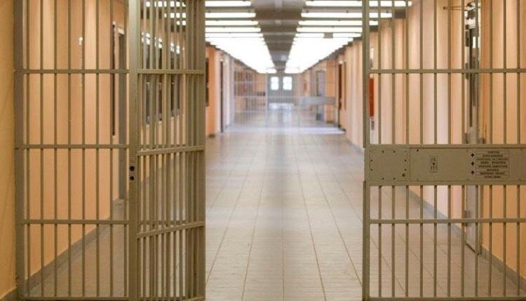 υπέκυψε κορονοϊό κρατούμενος φυλακών διαβατών