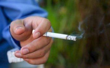 Καπνός τσιγάρου αυξάνει κίνδυνο covid-19