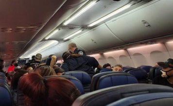 πανικός πτήση πέθανε κορωνοϊό