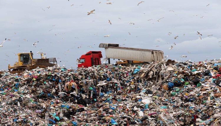 Θεσσαλονίκη πτώμα χωματερή
