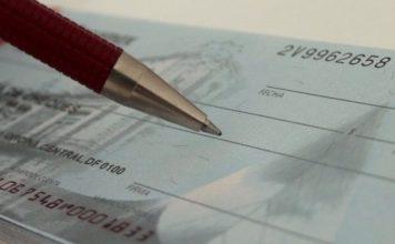 Πάγωμα τραπεζικών επιταγών Μάρτιο