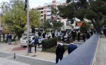 Νέα Σμύρνη αστυνομικοί δέχθηκαν επίθεση